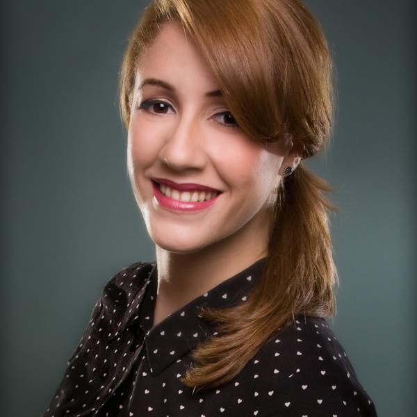 Sarah de la Cruz